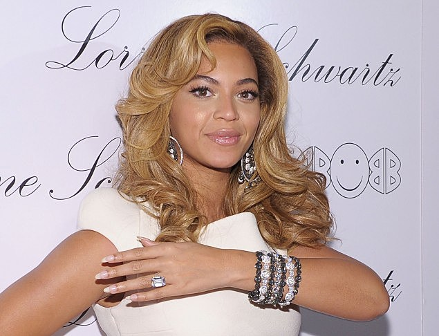 "Beyonce Knowles Hosts The Launch Of ""2BHAPPY"" Jewelry Collection"