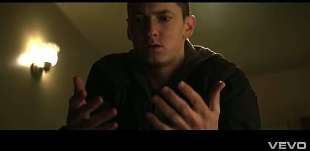 YouTube - Eminem - Space Bound