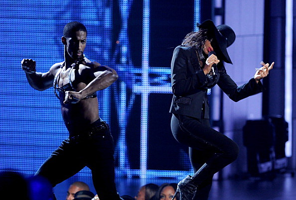 Kelly Rowland at BET Awards '11 - Show