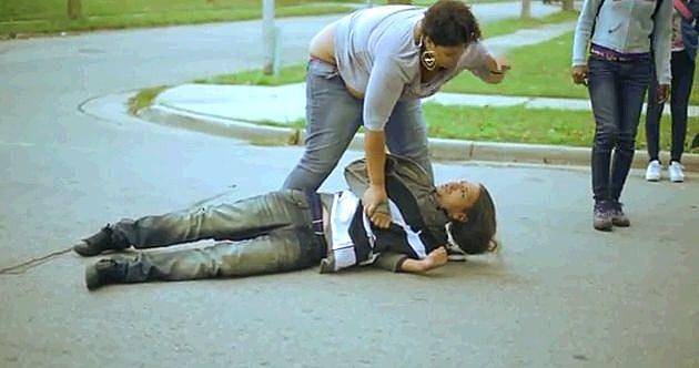 Woman Beats Up Man
