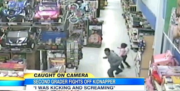 Girl fights kidnapper