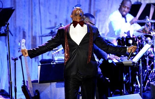 R. Kelly Sings Security