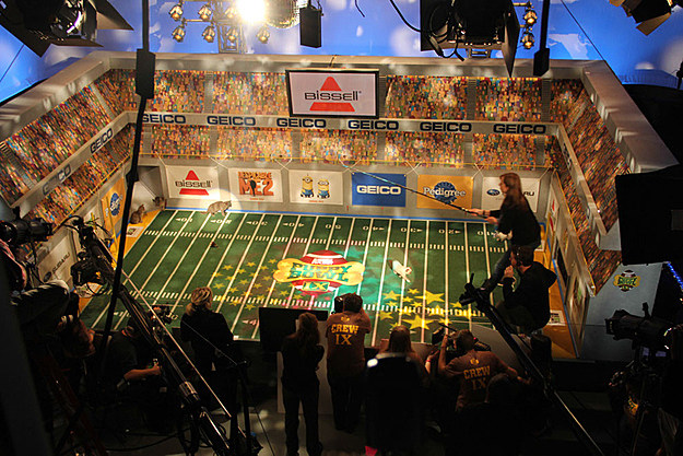 Puppy Bowl 2013 backstage