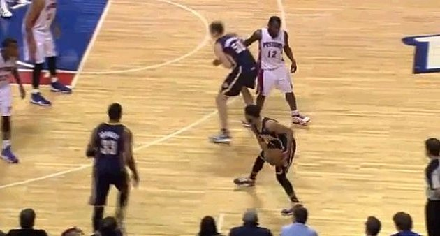Will Bynum Punches Hansbrough