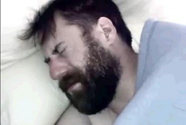 Girlfriend Slaps Him Every Morning