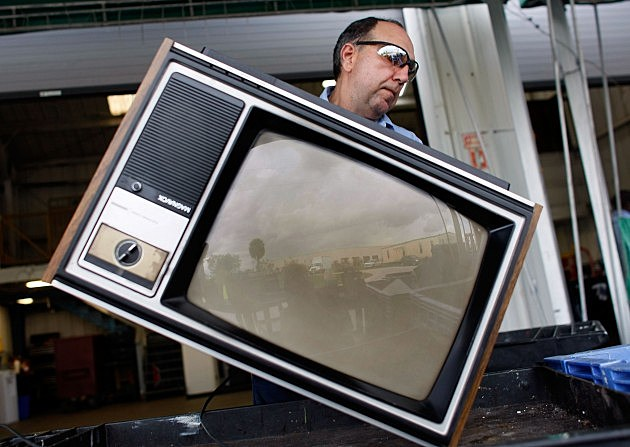 5 Million Homes Are Going TV Free In America