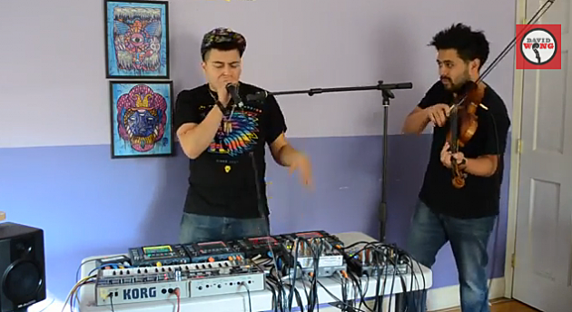 A Violin Beatbox Collaboration Between Two Strangers is Amazing