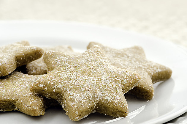 Elementary School Aide Fed Students Pet Treats Thought to Be Cookies