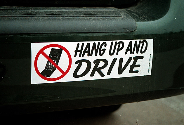New York Governor Bans Cell Phones While Driving